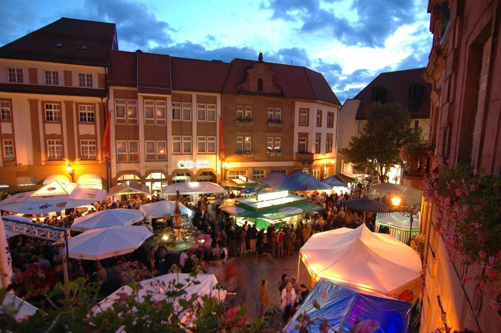 Marktfest Ettlingen und Kunsthandwerkermarkt