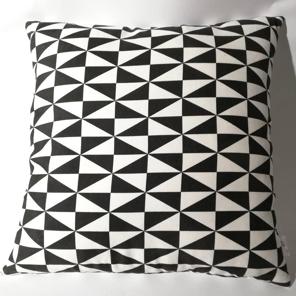 Gut gemocht Dekokissen schwarz-weiß | Webkaufhaus Attendorn KJ41