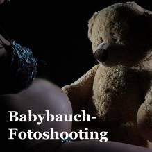 GUTSCHEIN: Babybauch-Fotoshooting 45 Min. im Studio mit 3 bearbeiteten Fotos