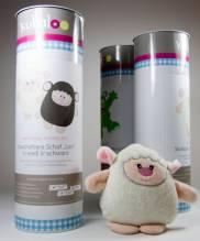 kullaloo - Material-Set / Stoffpaket in schicker Dose zum Selber nähen: Schaf LARI in weiß & schwarz inkl. Schnittmuster