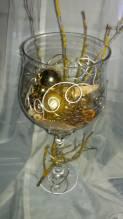 Pokal weihnachtlich dekoriert