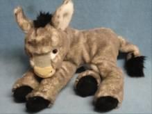 16443 Esel liegend, ca. 32 cm