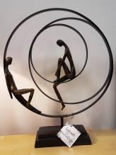 Poly-Skulptur: Paar chillend 'PATIENCE'