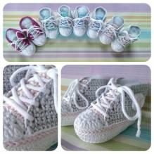 Häckel-Set - Baby Sneaker / Turnschuhe - rose, hellgrau, weiß