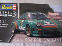 RE07032 Revell Porsche 934 RSR Vaillant 1:24