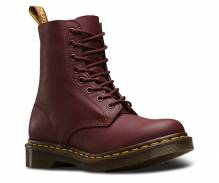 Dr. Martens Pascal - Cherry Red Virginia