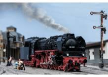 H0 Märklin 39242 Schnellzug-Dampflokomotive BR 08 1001 mit Kohlenstaub-Schlepptender die Französin der DR 1:87 AC Digital LIMITIERTE Edition