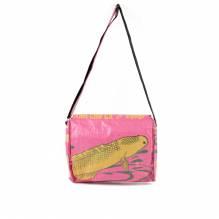 Umhängetasche / Schultertasche (messenger bag) aus recycelten Zementsäcken - Fisch gelb-rosa