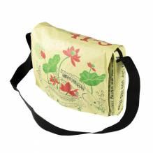 Umhängetasche / Schultertasche (messenger bag) aus recycelten Zementsäcken - Fisch gelb-grün