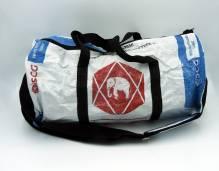 Sporttasche / Tragetasche (XL) aus recycelten Zementsäcken - Elefant weiß-blau-rot