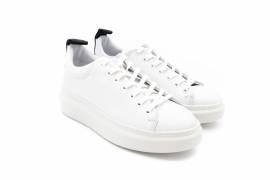 Sneaker Low Pavement