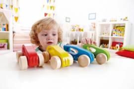 Spielzeugautos Hape