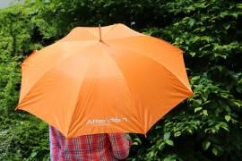 Sonnen- & Regenschirme
