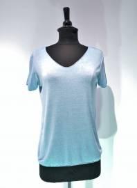 V-Neck-T-Shirts Hausmarke