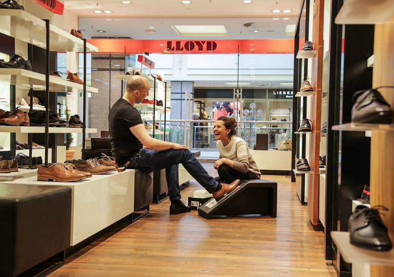 Lloyd Shop Alstertal EKZ Hamburg