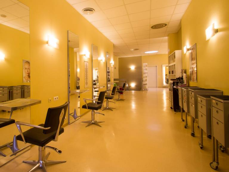 Hatice Modern Hairstyling  Göppingen