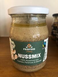 Nüsse & Samen Fair gehandelt fairfood Freiburg