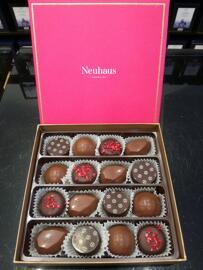Pralinen Schokolade Süßigkeiten & Schokolade Neuhaus