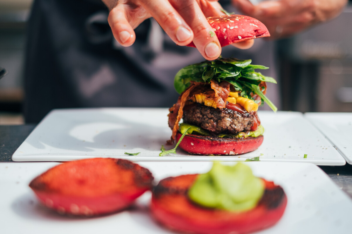 "Burger-Workshop mit Hubertus Tzschirner - Autor der Burgerbibel ""Burger Unser"" - Sa., 05.09.20"