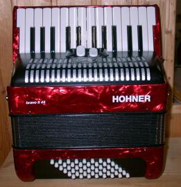 Akkordeons & Konzertinas Hohner