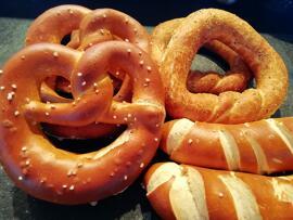 Brot & Brötchen Laugenbreze, Laugenstange, Pfefferring