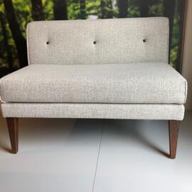 Stühle Sitzbänke Signet