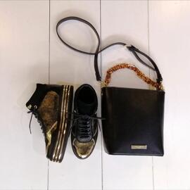 Bekleidung & Accessoires Ti