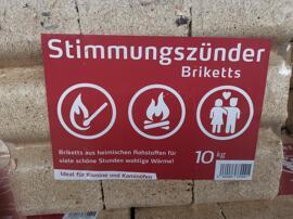 Briketts Feuerholz & Brennstoffe Holzöfen