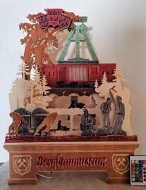 Übergroße Figuren Weihnachten Spieluhren