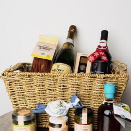 Pasta & Nudeln Essig Speiseöle Gefüllte Körbe Weihnachten Schnäpse Geschenksets vomFASS