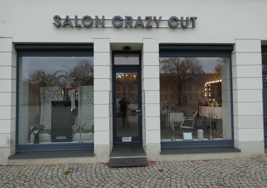Salon - Crazy - Cut