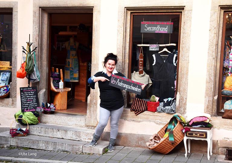 Mirjana´s Änderungsschneiderei   Retro-Vintage-Stoffe   Textiles Upcycling Rothenburg ob der Tauber