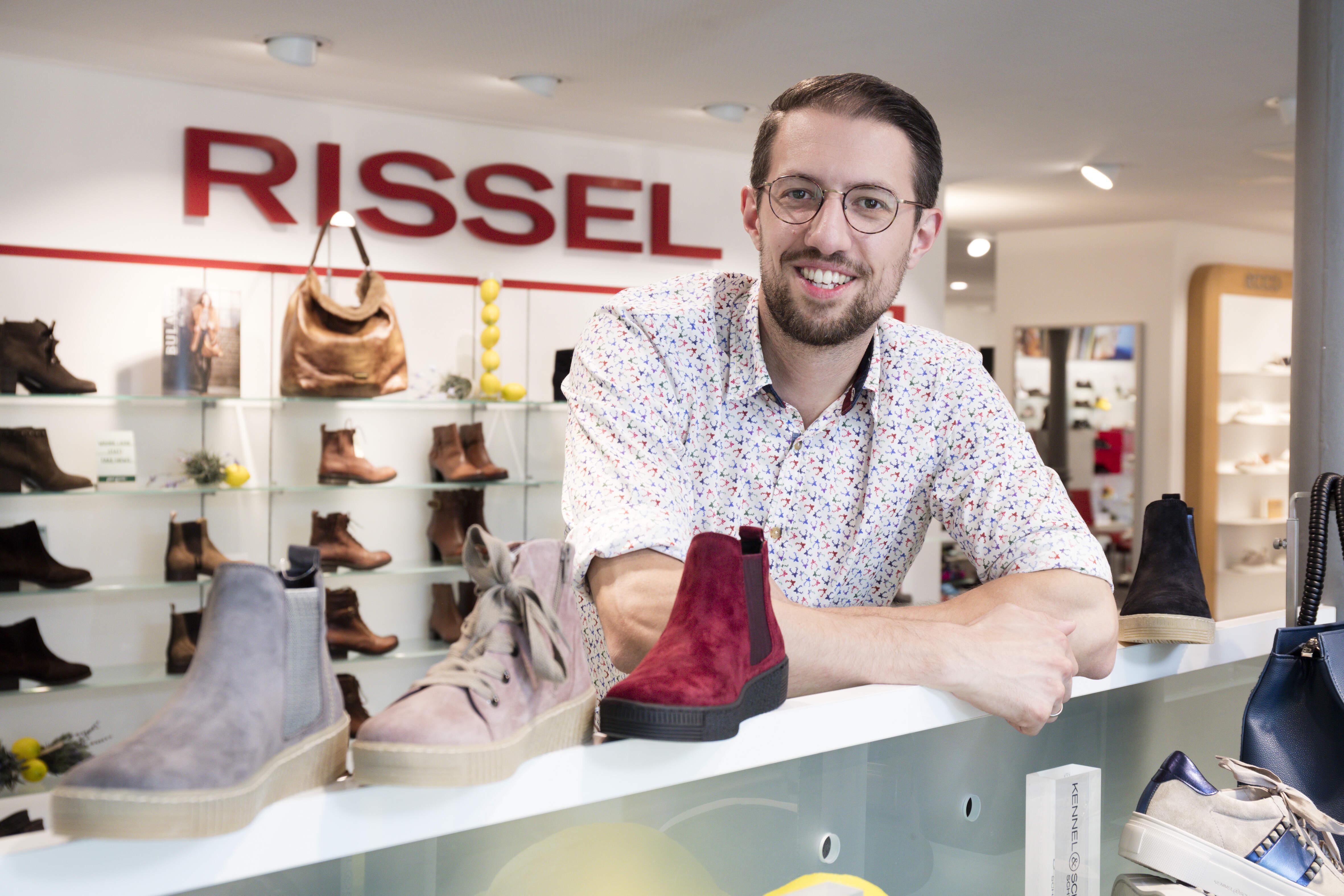 Schuhhaus Rissel Schuhe in Ettlingen | Ettlinger Platzhirsche