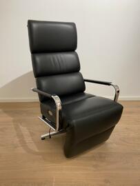 Fauteuils club, fauteuils inclinables et chauffeuses lits Strässle
