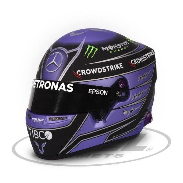 Mini casque échelle 1/2 Lewis Hamilton 2021
