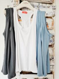 Tops Made in Italy