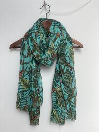 Écharpes, foulards et châles