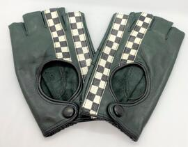 Bekleidung & Accessoires GPO