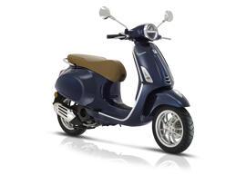 Motos et scooters VESPA