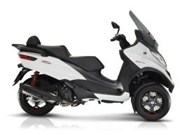 Motorräder & -roller PIAGGIO