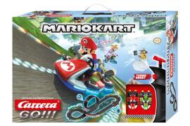 Coffrets et circuits de voitures de course miniatures Carrera
