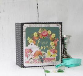 Kits de scrapbooking et de décoration au tampon Décorations livres-cadeaux Basement Studio