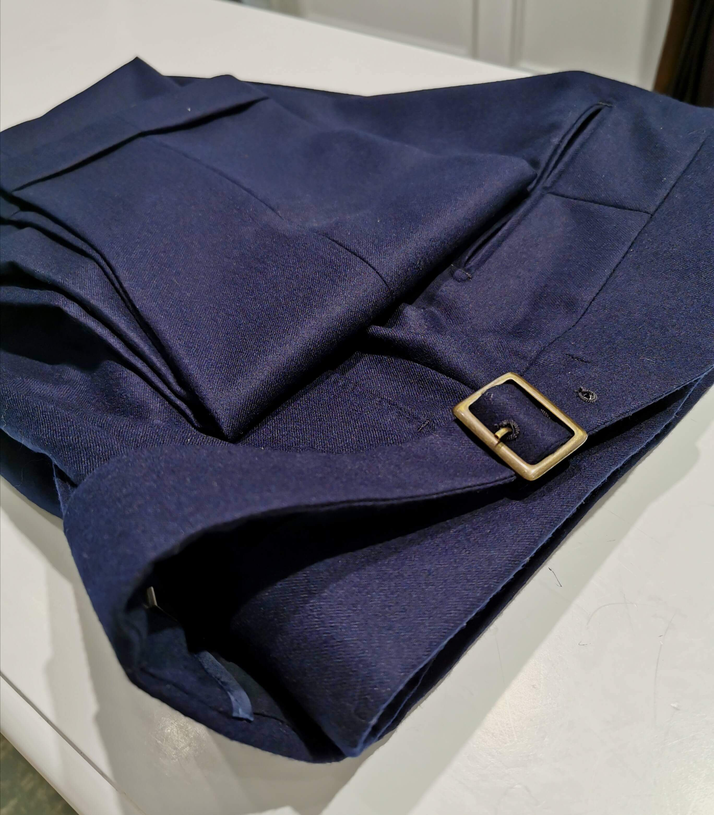 Pantalon Holland & Sherry en flanelle, t. 44