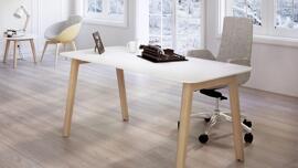 Arbeitstische Schreibtische Büromöbelgarnituren Schwarzwald-Lab